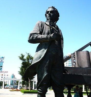 贝多芬是什么时候失聪的 音乐大师贝多芬是什么家
