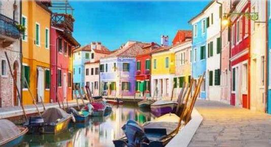 盘点世界十大最多彩的城市,到处是五颜六色的房子