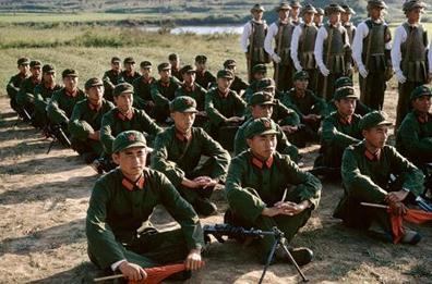 1973年南京軍區老照片:難忘的紅領章