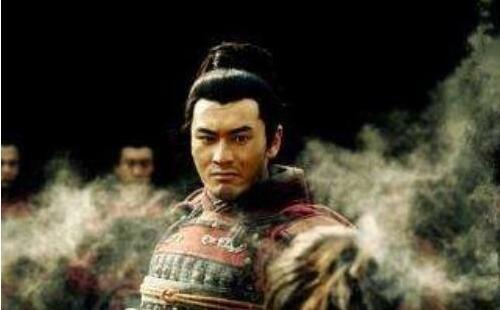 为何赵构宁愿杀岳飞降金,也不想他奋力一搏?
