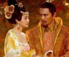 李隆基是怎么得到杨贵妃的,杨贵妃的一生有几个男人