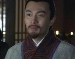 杨修活了多少岁,是怎么死的?是被腰斩了吗