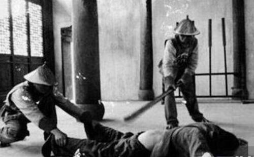 中国古代五刑之一打板子,不死也残废(图)