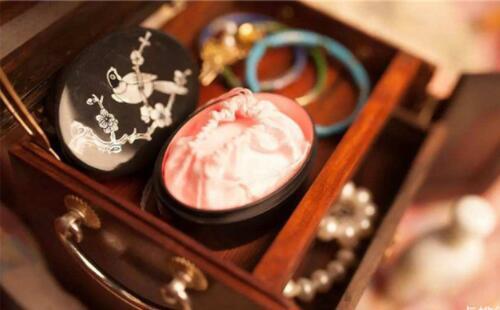 国产彩妆大全:口碑最好的十大国产彩妆品牌推荐