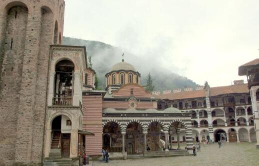 全球最负盛名的十大寺庙排行榜,西藏甘丹寺最为壮观