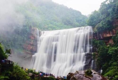 遵义最知名的十大旅游景点介绍,赤水大瀑布最壮观