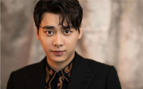 2019娛樂圈十大當紅男明星排行榜,第一名竟然是他