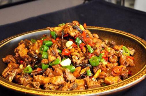 河北唐山最著名的十大代表菜名单,海参扒肘子排第一