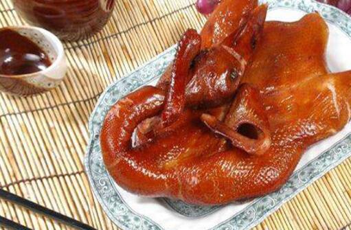 成都十大必买特产清单合集:郫县豆瓣被誉为川菜之魂