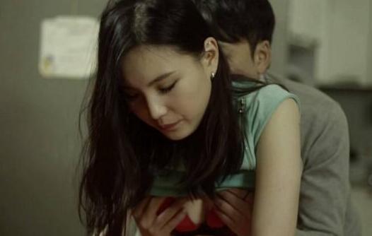 性爱片_10部韩国最新限制禁片:女主诱人剧照看了受不了(图)-参考之家
