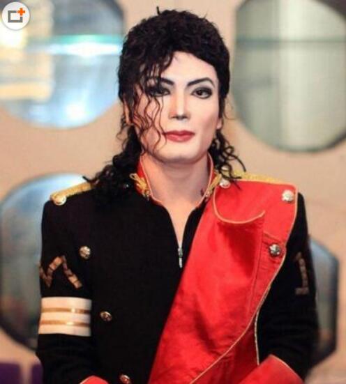 最像迈克尔杰克逊的田欣欣是男是女?#20811;?#39068;照曝光(图)