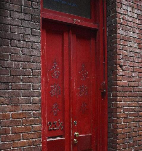 你最想打开哪扇门?测试你的另一半会出现在哪里