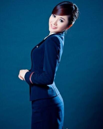 中国最美十大空姐排行榜:深航空姐刘苗苗走红