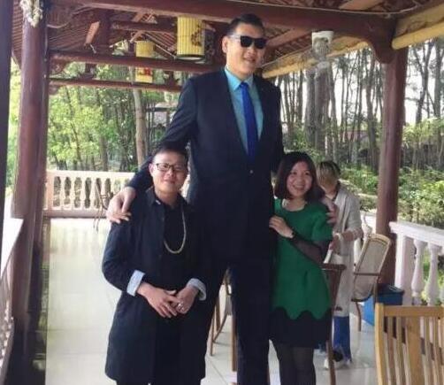 中国最新十大高人排名:都比姚明要高,唯一女性上榜