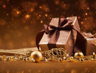 送女生什么样的礼物好,十大女生渴望收到的礼物