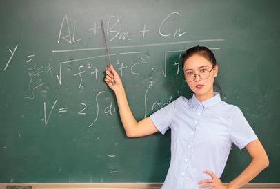 上大學報考什么專業好,大學十大最輕松專業盤點
