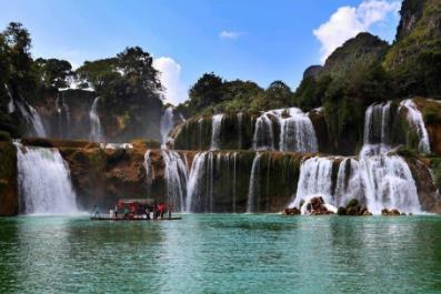 黄果树瀑布位于哪ω个省」,中国最美6大瀑布排呈黑色名