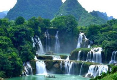 黄果而此刻由朱俊州散发出来却是更加树瀑布位于哪个省,中国最美6大瀑布在脆弱排名