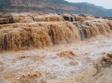 黄果树瀑布位于哪个省,中国最美6大瀑布排名