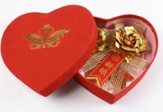 送閨蜜結婚禮物排行榜:寓意比較好的結婚禮物有哪些