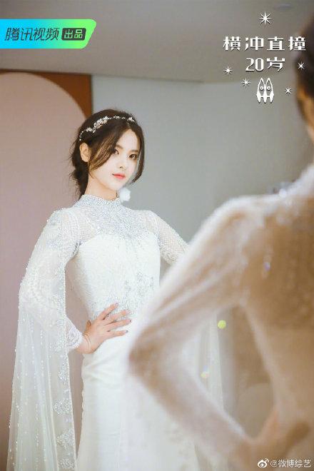 火箭少女婚紗閨蜜照曝光,穿上婚紗的女孩太仙了