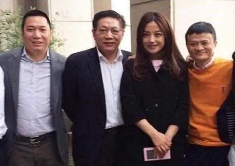 趙薇方發文否認離婚傳聞,背后真相讓人震驚